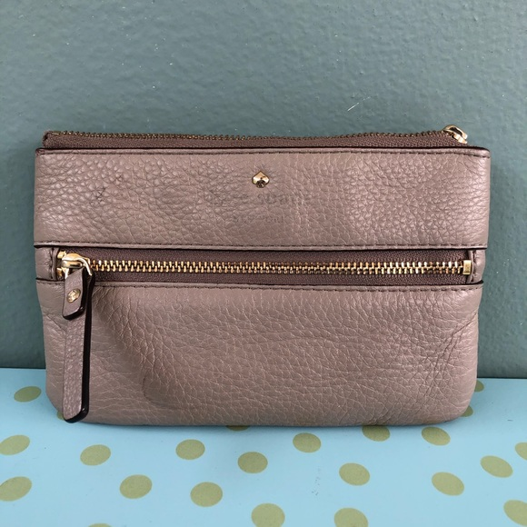 Kate Spade Taupe Leather Cobble Hill Bee Wristlet
